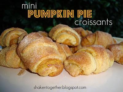 mini pumpkin pie croissants at shakentogetherlife.com