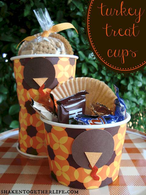 Easy turkey treat cups at shakentogetherlife.com