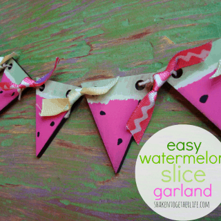 Watermelon Slice Garland ~ a quick Summer craft