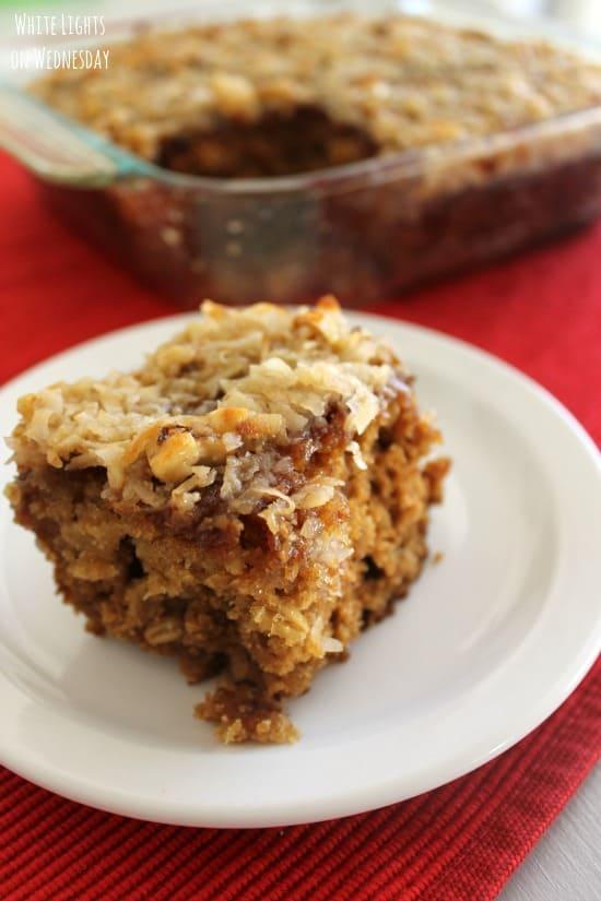 Applesauce-Oatmeal-Cake