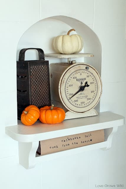 Fall-Decorated-Kitchen