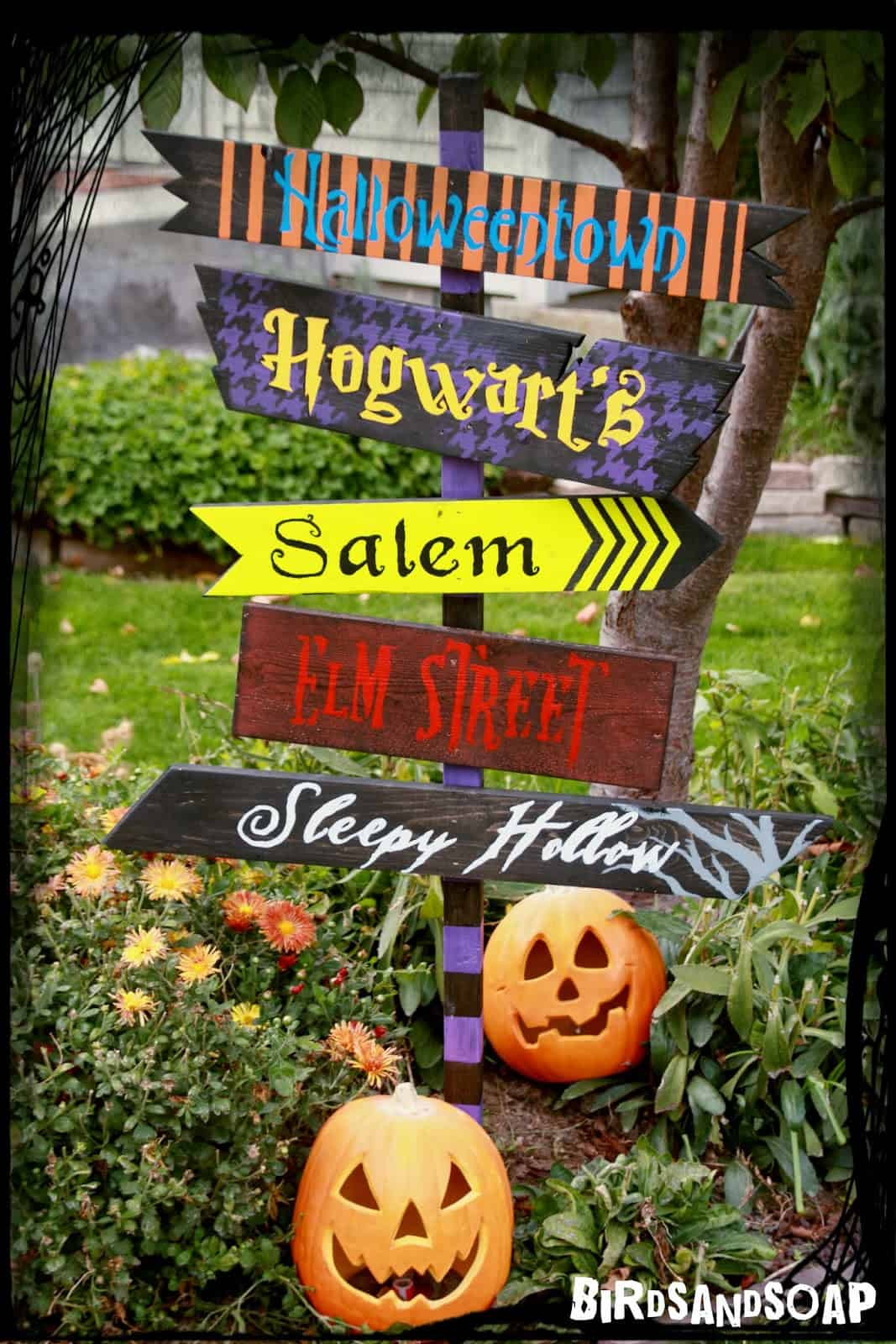 Halloween Direction Sign spooky