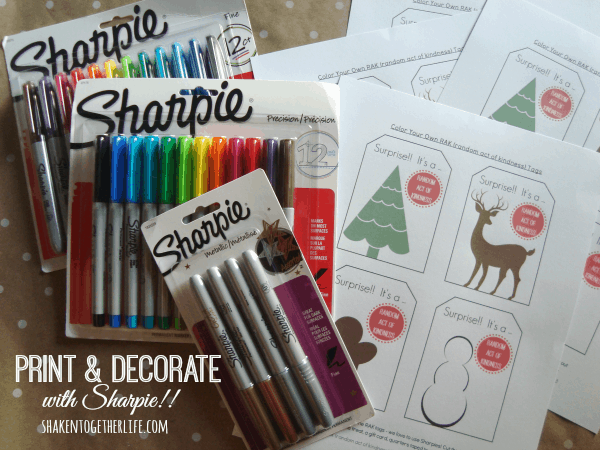 Printable {decorate your own} random acts of kindness tags!  SUCH a great holiday tradition!