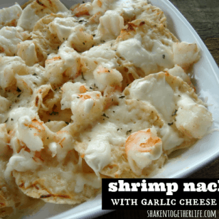 Easy Shrimp Appetizer: Shrimp Nachos with Creamy Garlic Cheese Sauce