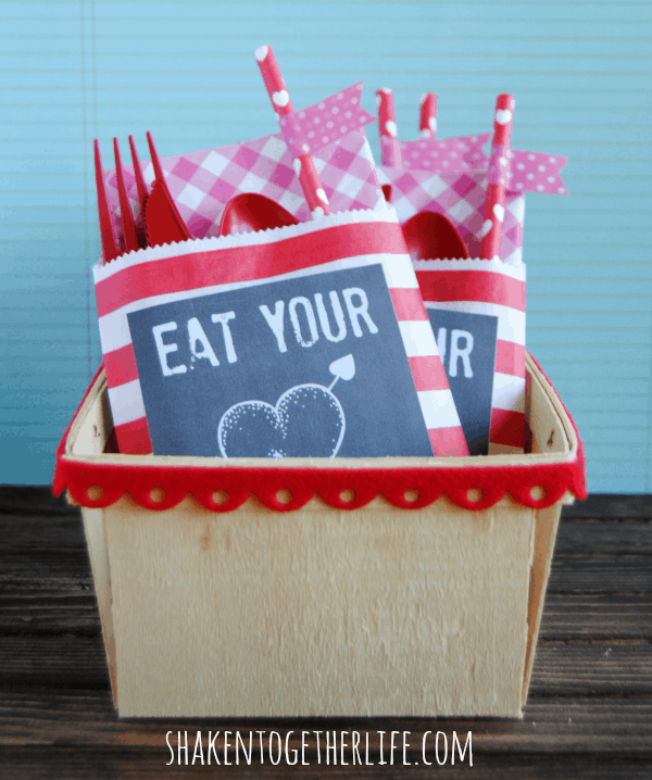 Party Pouches - SO smart for parties and buffets!