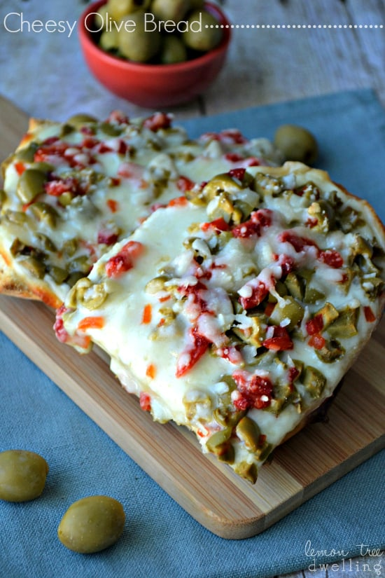 Cheesy-Olive-Bread