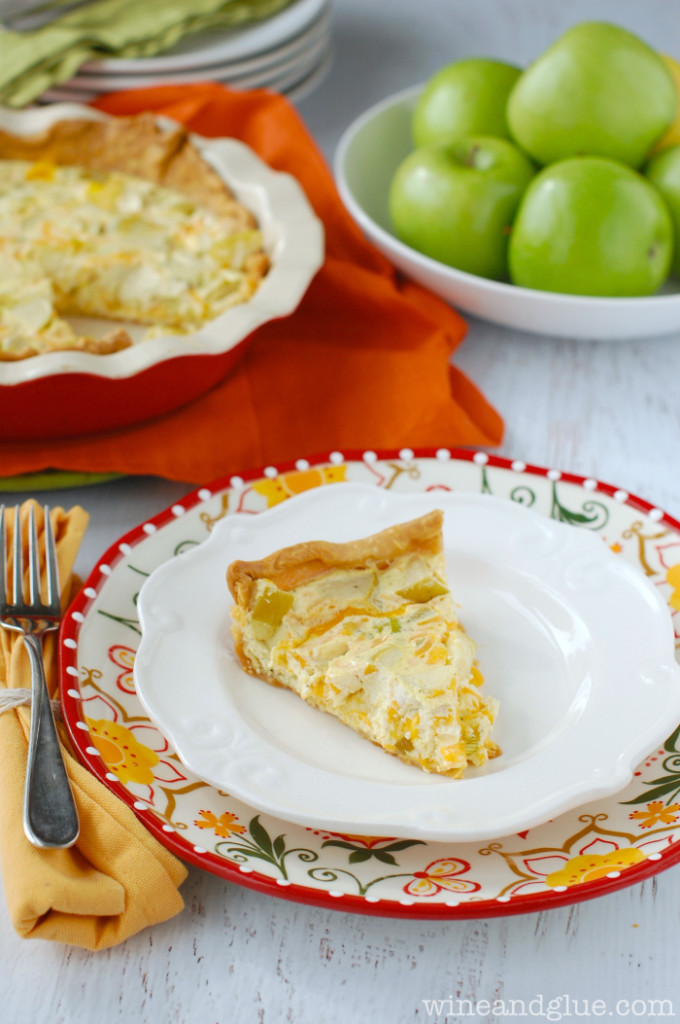 apple-cheddar-quiche