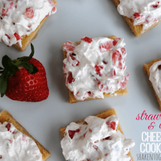 Strawberries and cream cheesecake cookie bars - OH YUM!