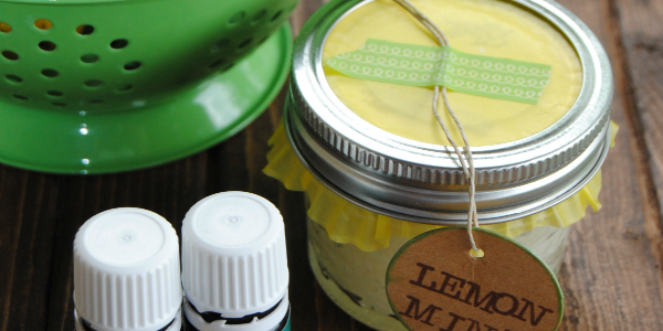 Lemon mint sugar scrub recipe - great for gifts!