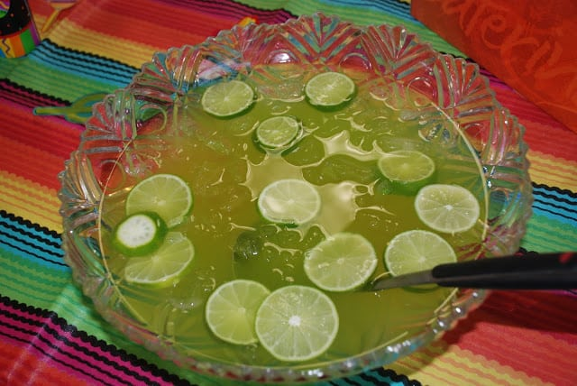 Non-Alcoholic Maybe Margarita Punch - great for #CincoDeMayo