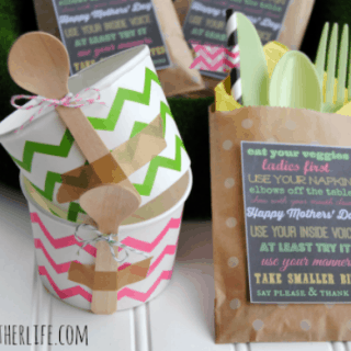 Mothers' Day Entertaining Ideas & Cute Manners Printable!