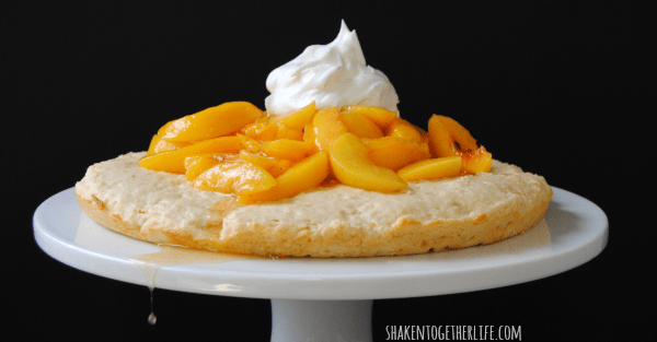 Peach shortcake - the perfect Summer dessert!