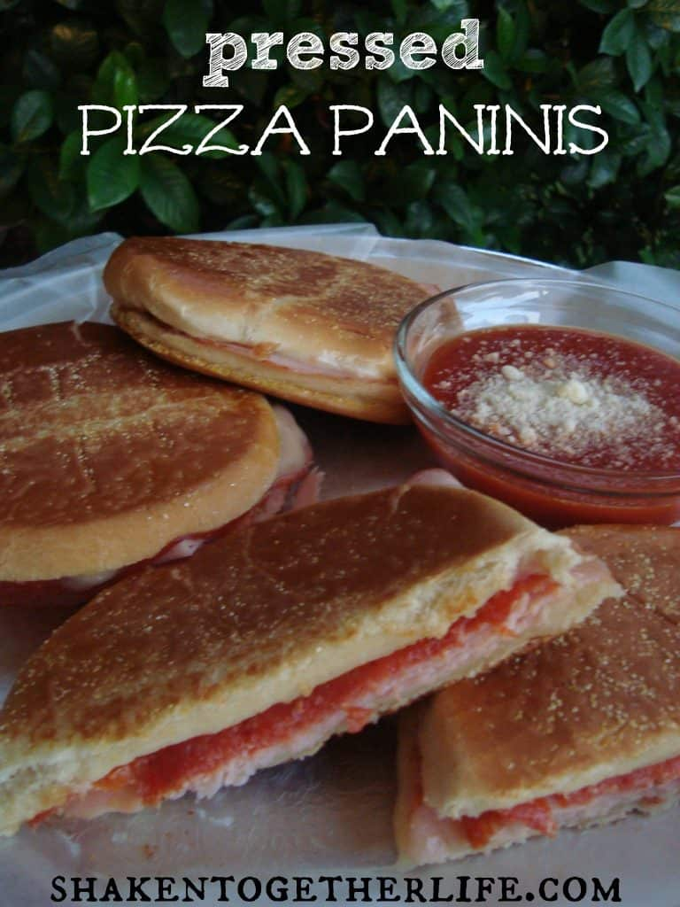 Pressed pizza paninis
