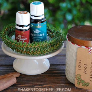 Cinnamon Rosemary Foot Soak & Essential Oils Gift Guide!!