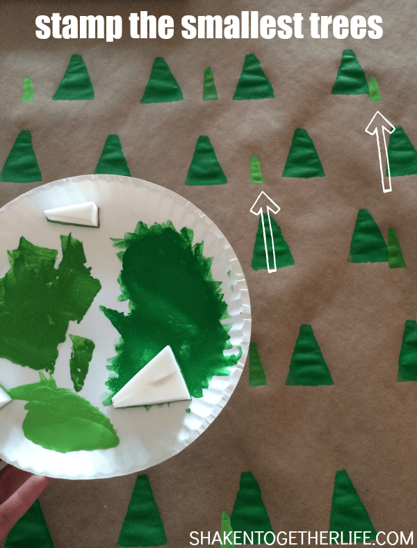 Give plain kraft wrapping paper a trendy makeover with this tutorial for creating DIY geometric trees gift wrap! Never buy boring wrapping paper again!