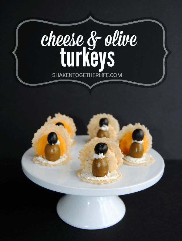 No baking or heating needed for these last minute Thanksgiving appetizers! Make cute cheese & olive turkeys using a few basic grocery store ingredients!