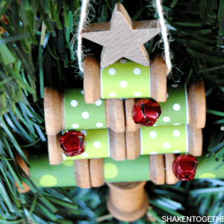 Wooden Spool Christmas Tree Ornament & 35+ Ways to Trim the Tree!
