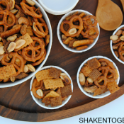 Make this Spicy Glazed Snack Mix for holiday munching or game day grub! It has a hint of sweet, big bold spicy flavor and a ton of crunch! SplendaSweeties #SweetSwaps