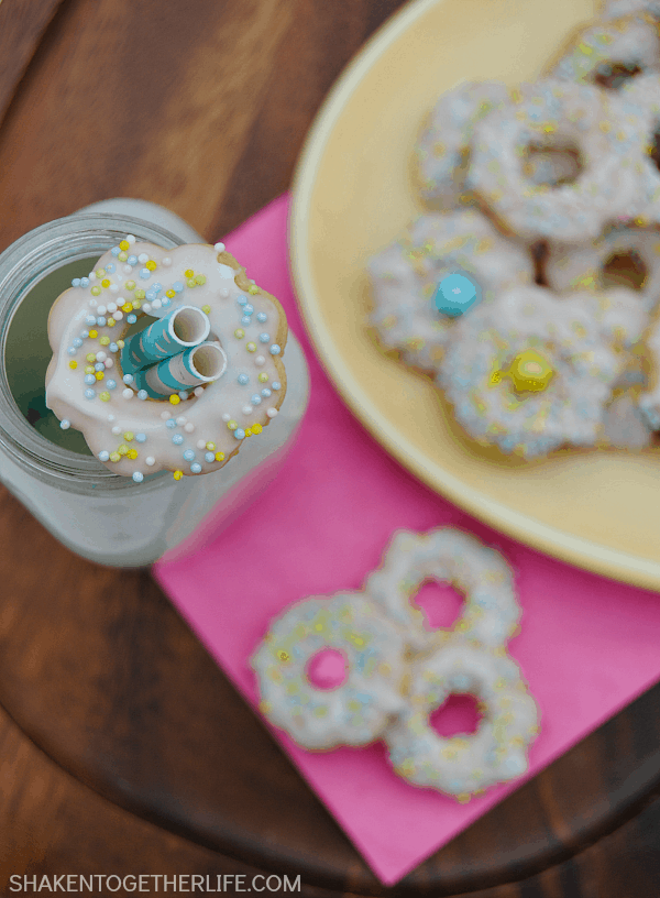 These pretty sprinkled Spring Flower Cookies are no bake and SO easy! This is a delicious no bake dessert that the kids will love to help to make (and eat)!These pretty sprinkled Spring Flower Cookies are no bake and SO easy! This is a delicious no bake dessert that the kids will love to help to make (and eat)!