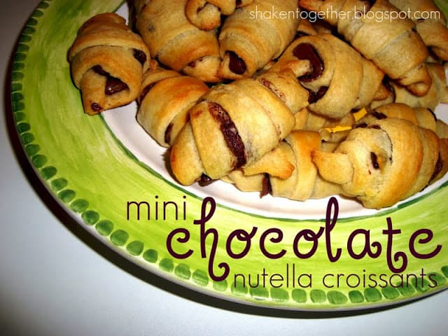 Mini Chocolate Nutella Croissants - these are little bites of heaven!