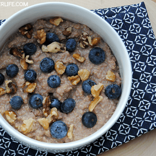 Chocolate Blueberry Quinoa Breakfast Bowl