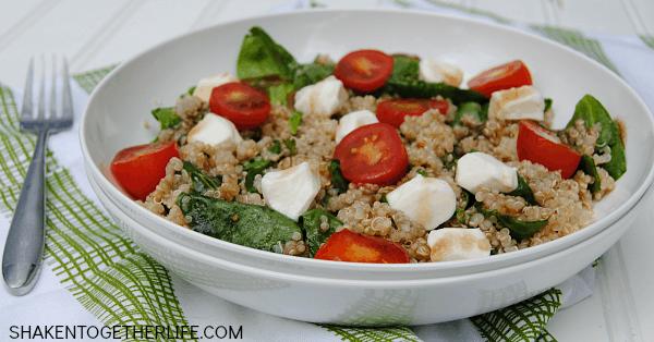 spinach-caprese-quinoa-salad-featured
