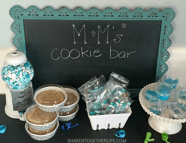 Move over boring birthday party favors! Guest will love fresh cookies, frosting, birthday birthday M&M's and sprinkles to go from a fun M&M's Cookie Bar!