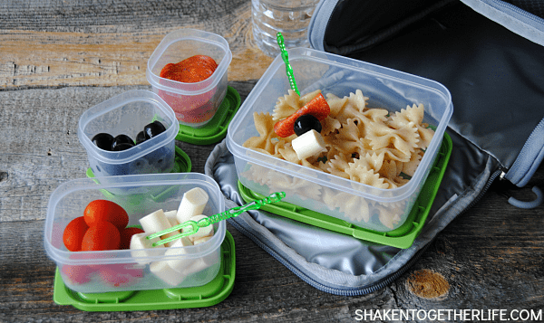School is tough; lunch should be fun! This kid approved pasta salad lunch idea is perfect to pack up when sandwiches get boring!