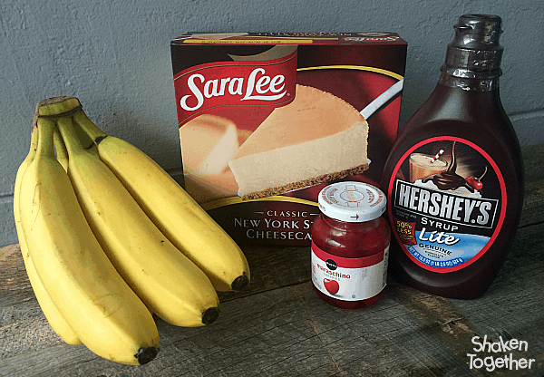 Move over ice cream, cheesecake just took the spotlight in these easy, no bake Cheesecake Banana Splits, complete with whipped cream, sprinkles and a cherry!