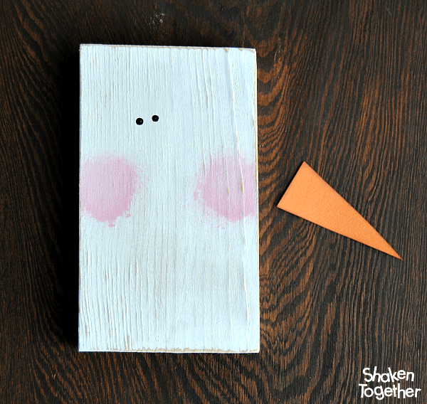 Make a charming Rustic Wood Block Snowman to add to your Christmas or winter home decor! This is an easy enough project to make with the kids or for a crafty afternoon with the ladies!