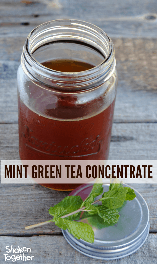 Make your own Mint Green Tea Concentrate - it makes it super easy to stir up a single glass or an entire pitcher of Mint Green Tea Refresher! #SplendaSweeties #SweetSwaps