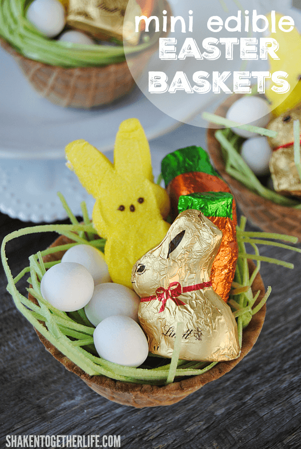 Mini Edible Easter Baskets would be a fun activity for the kids, easy place cards for Easter dinner or even a fun party favor!