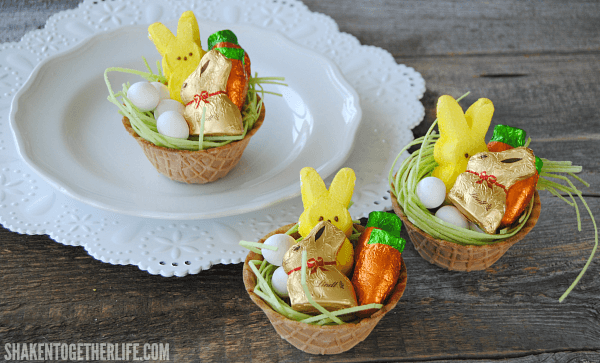 How to make mini edible easter baskets mini edible easter baskets what a great idea the basket the goodies and negle Images