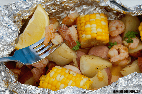 Shrimp Boil on the Grill - all the delicious flavor of a shrimp boil with easy clean up!!