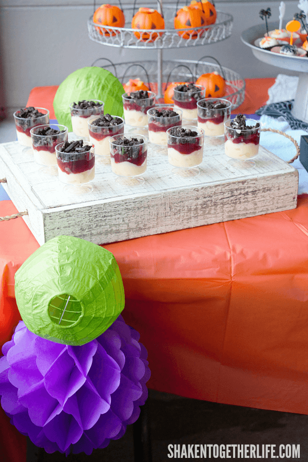 Tips for setting up a Halloween Dessert Bar - simple, brightly colored decorations are a must!