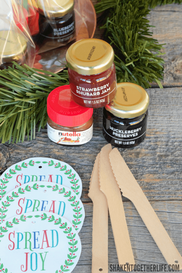 Make Spread Joy Holiday Gifts with just a few yummy treats and a few basic supplies