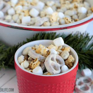 Winter Wonderland Snack Mix