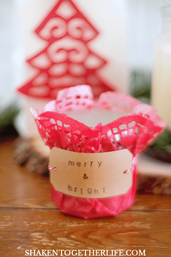 4 Easy Ways to Wrap Candles for Gifts: use a large doily, twine and a stamped tag for a small tumbler candle!