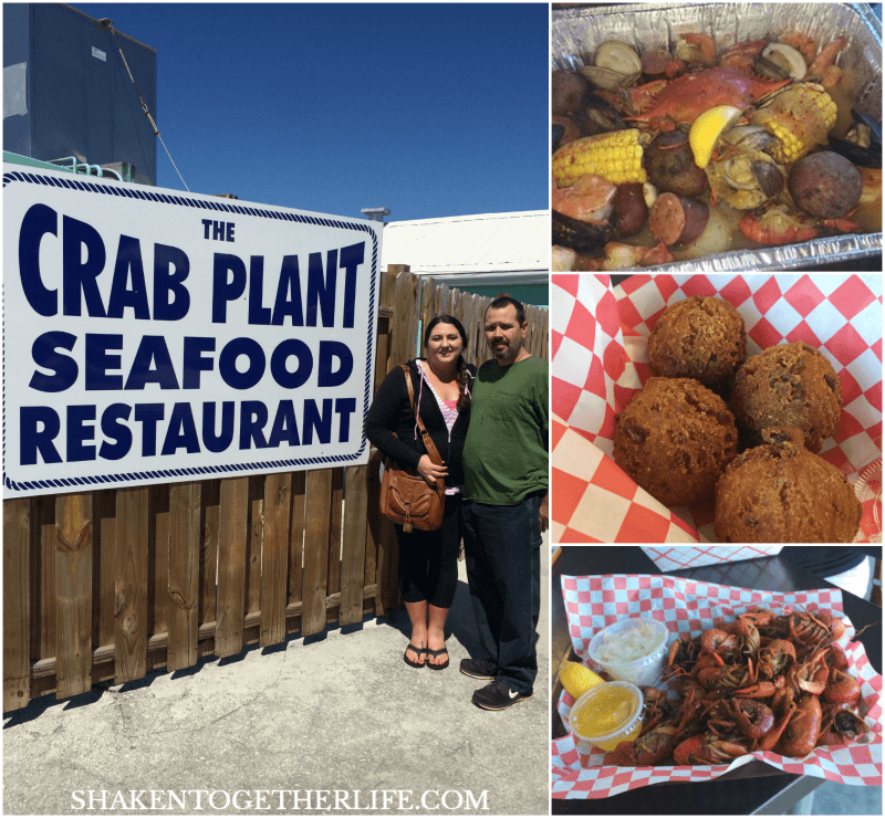 One of our favorite activities in Crystal River Florida - a fresh seafood lunch at the Crab Plant Seafood Restaurant!