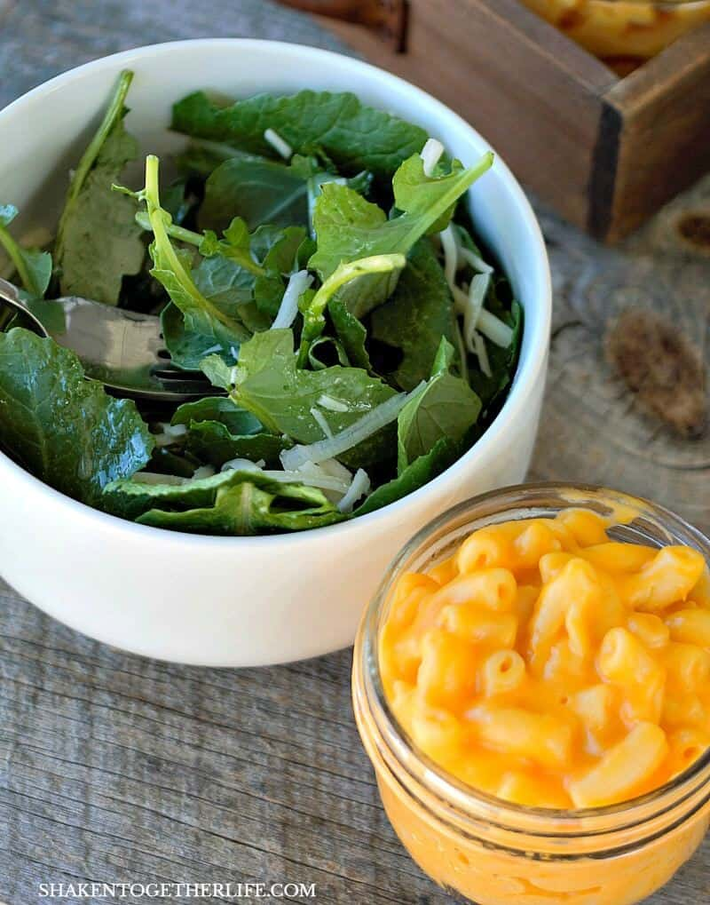 Lemon Garlic Kale Salad & Mason Jar Mac & Cheese is one of my favorite easy weeknight meals!