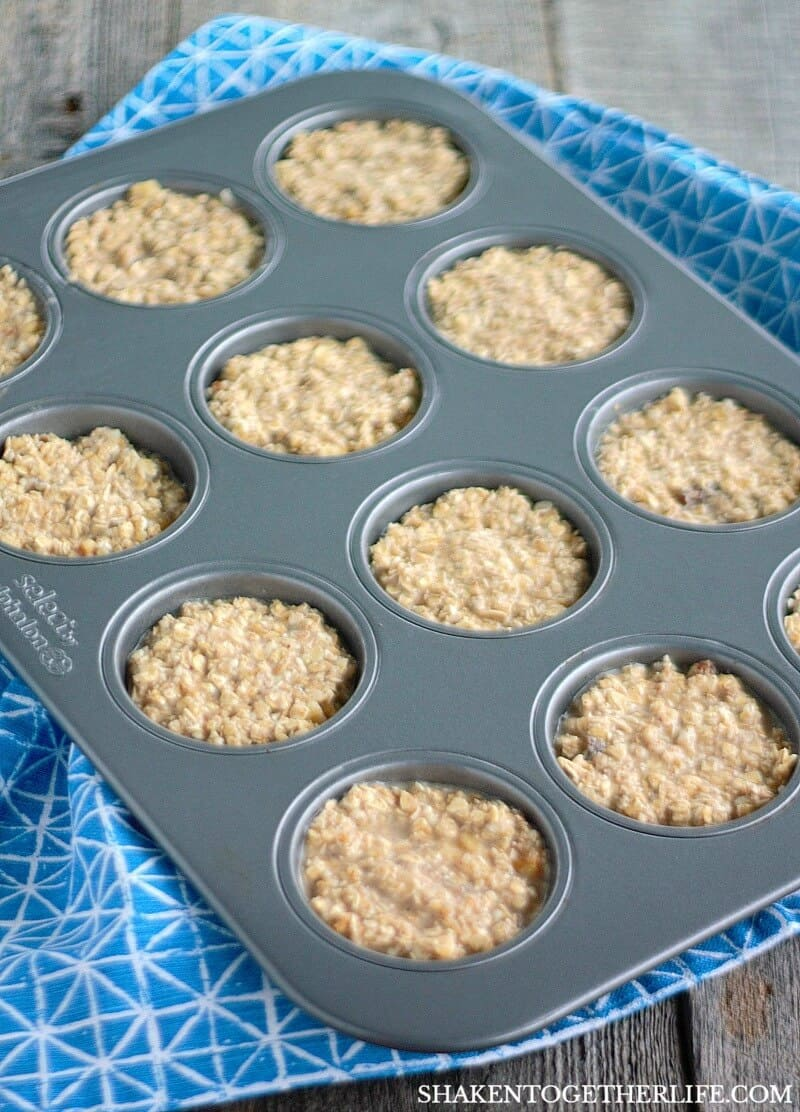 Bake Banana Bread Baked Oatmeal Cups in a muffin tin for perfect portions and easy clean up!