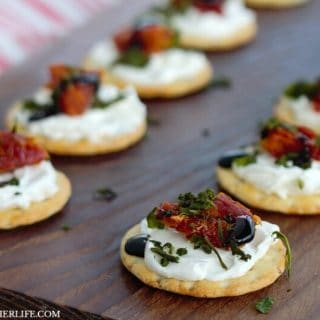 Cream Cheese Caprese Cracker Bites