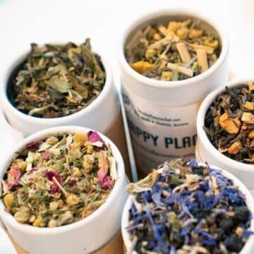 five cartons of loose leaf tea from loose leaf tea market